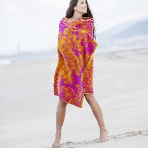 Elaiva beach towel Ancient Flowers Fuchsia
