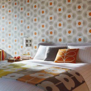 Orla Kiely wallpaper Striped Petal Sea