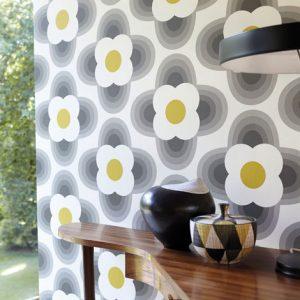 Orla Kiely wallpaper Striped Petal Pebble