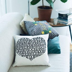 Vitra cushion International Love Heart