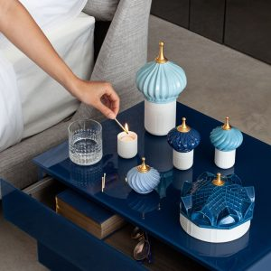 Lladró scented candle 1001 Lights Blue Spire