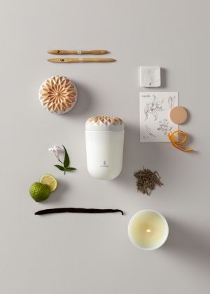 Lladró scented candle Echoes of Nature Gardens of Valencia