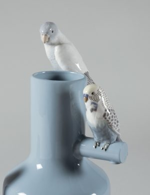 Lladró vase Parrot Parade blue