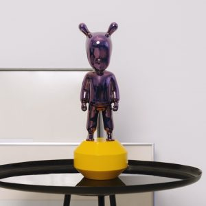 Lladró sculpture The Guest small purple on yellow