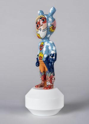 Lladró sculpture The Guest by Ricardo Cavolo - small