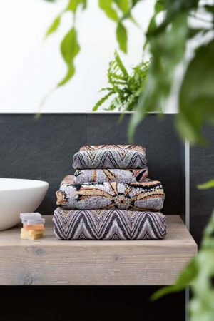 Missoni Home towel Yvette 165
